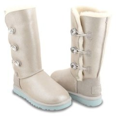 "UGG BAILEY BUTTON TRIPLET II BOOT ""I DO"", 36"